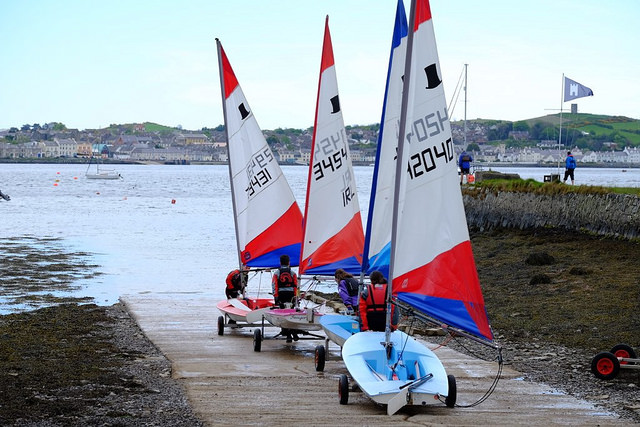Junior Sunday Sailing has started for 2016